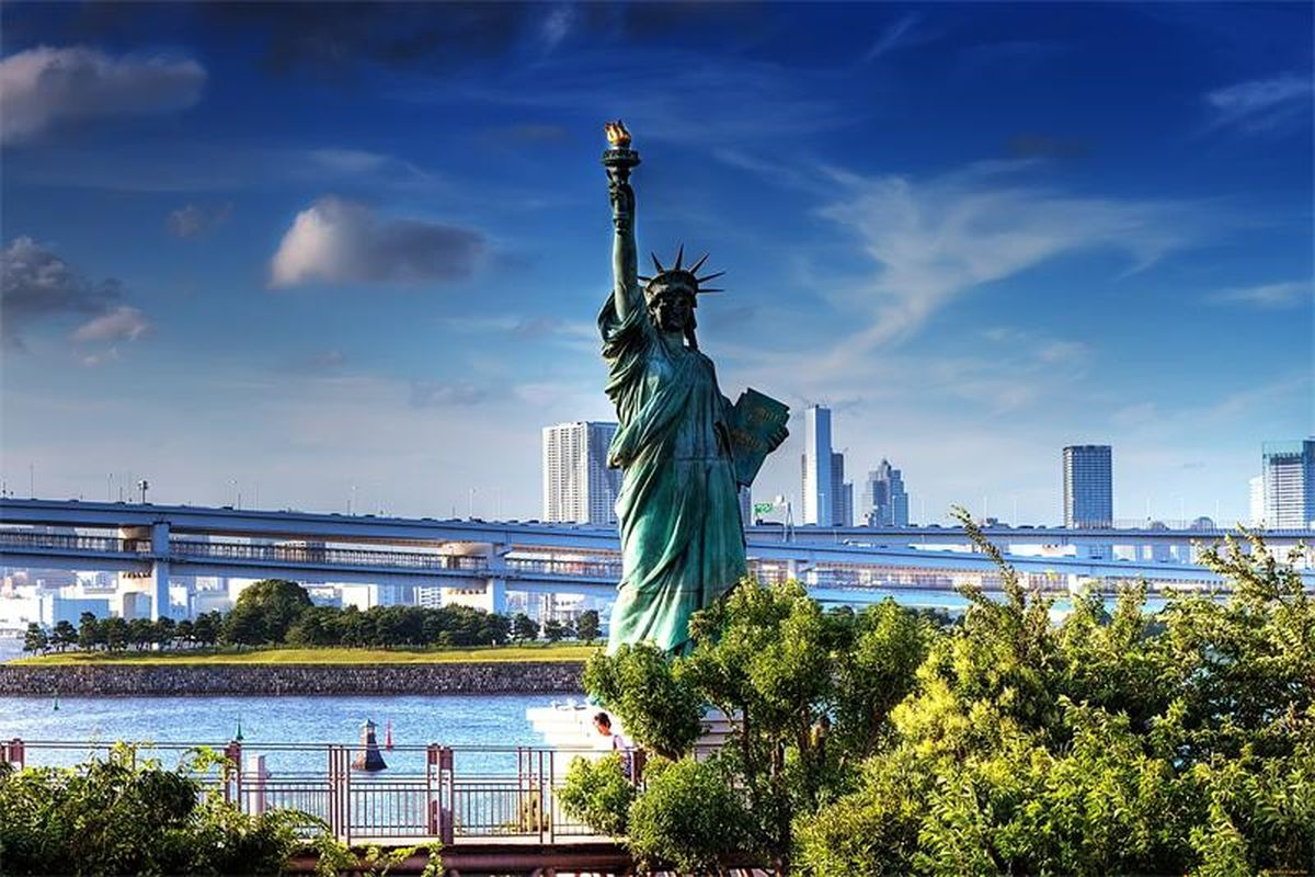 степного красивые картинки статуя свободы люди
