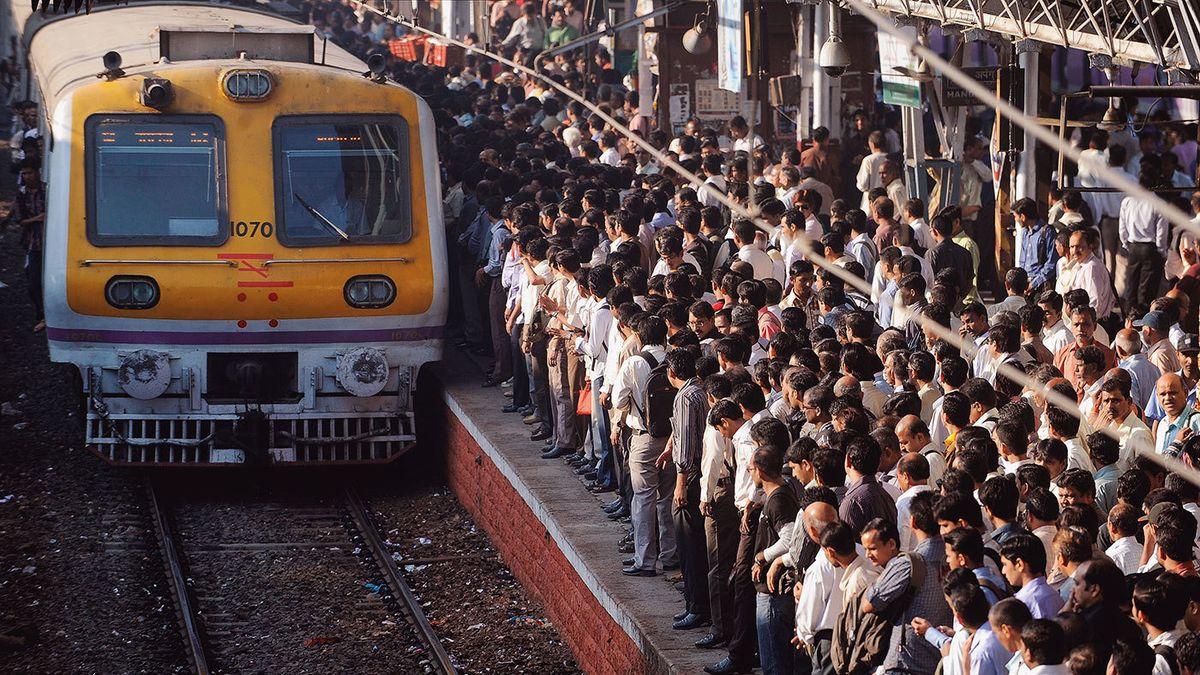 символика поезда в индии с людьми фото завод решил вспомнить